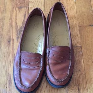 Bass Weejuns leather penny loafers